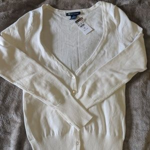 NWT long sleeve button-down thin cardigan